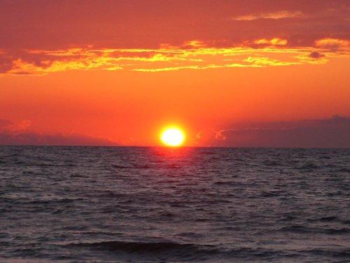 Ed verbrennt Sonnenuntergang Streifen